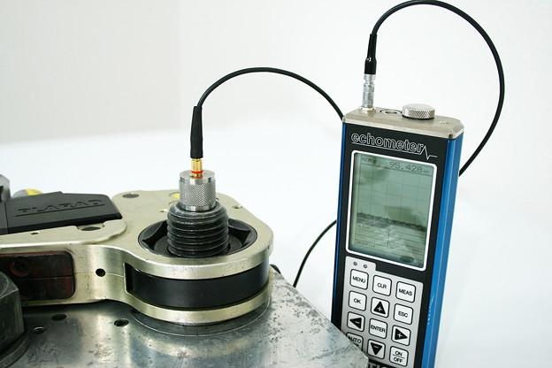 ボルトの超音波軸力測定 - ボルトエンジニア(株)