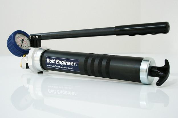 油圧ナット用グリスポンプ - ボルトエンジニア