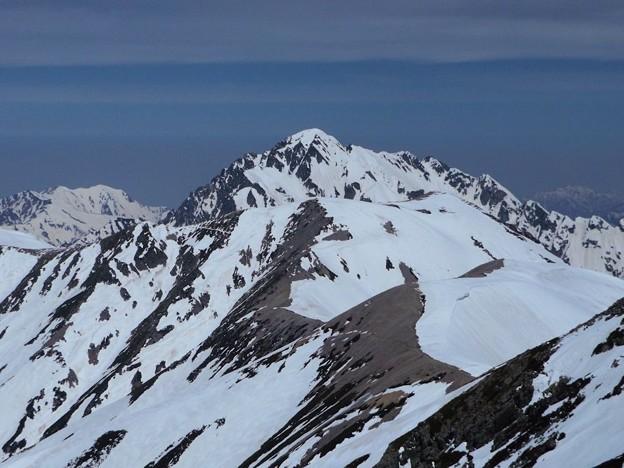 雄山山頂より剱岳を望む