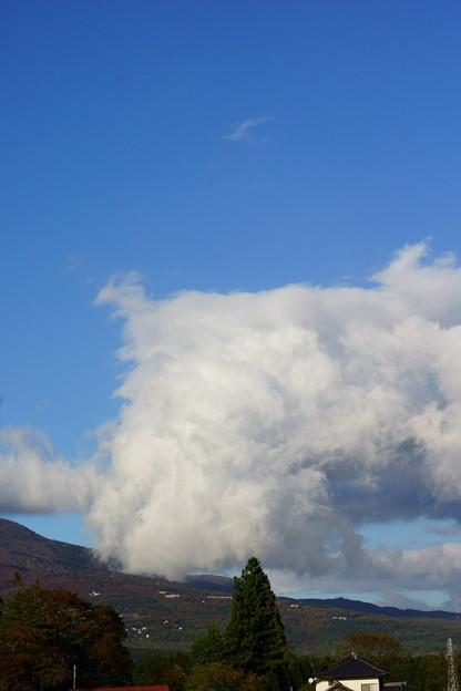 雲が湧いて