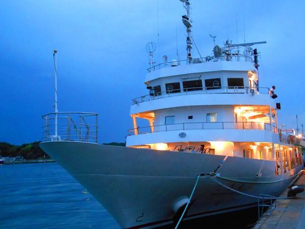 練習船「広島丸」の夜景