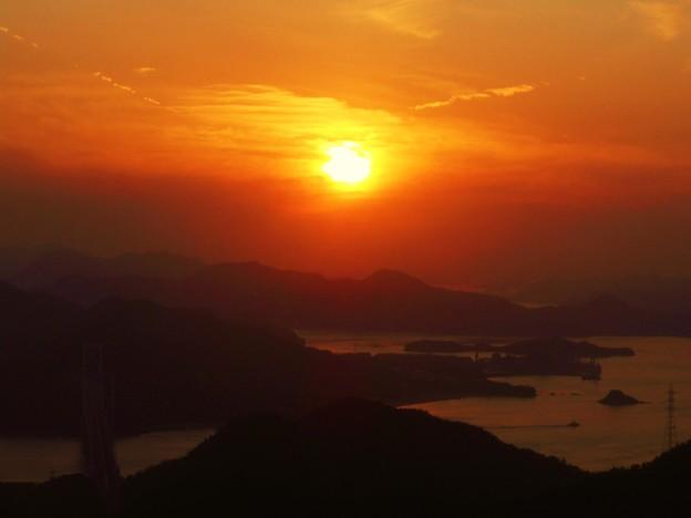 なんとなく春めく しまなみ海道の夕暮れ