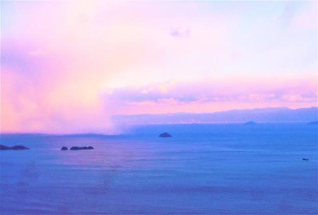 瀬戸内海・燧灘に雲のカーテン@高見山展望台2018.2.5