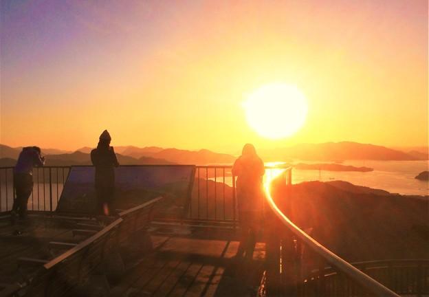 しまなみ海道の夕陽@因島大橋・布刈の瀬戸@高見山展望台