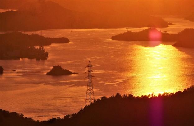 写真: しまなみ海道の夕暮れ@布刈の瀬戸@高見山山頂展望台