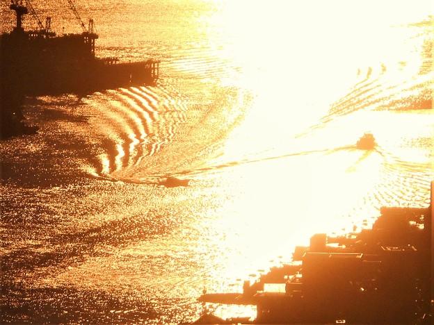光の干渉縞が綺麗!@瀬戸内海・尾道水道