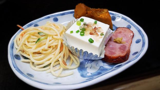 花水木 ( 成増 ) 付け合わせ ( 焼き魚定食 )  2019/09/17