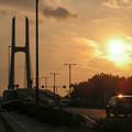 夕日とつり橋1