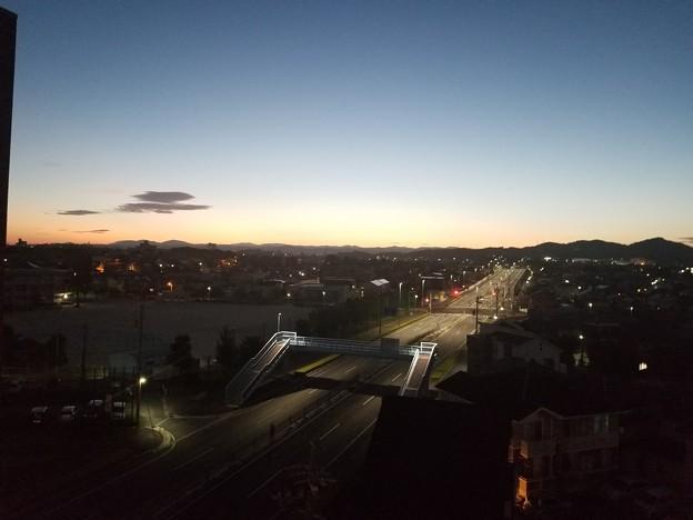 写真: 静かなる朝の景色