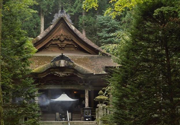 駒ヶ根光前寺の本堂