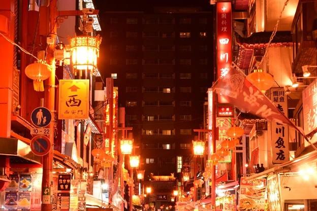 赤く染まる街並み