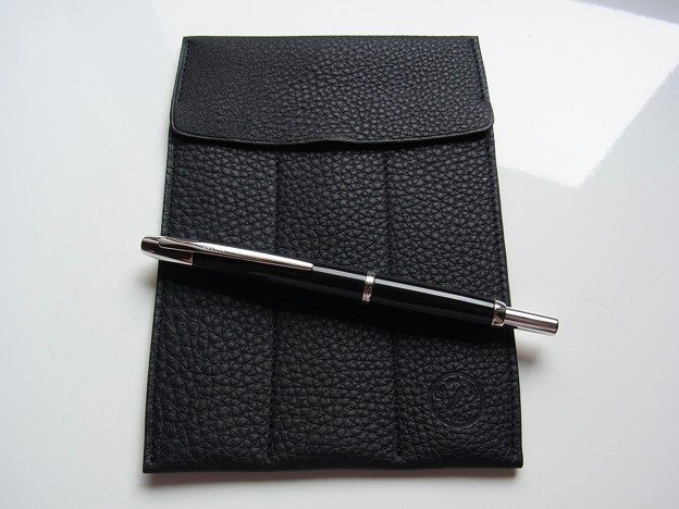 Pen and message. Original Pen rest & Fountain pen case