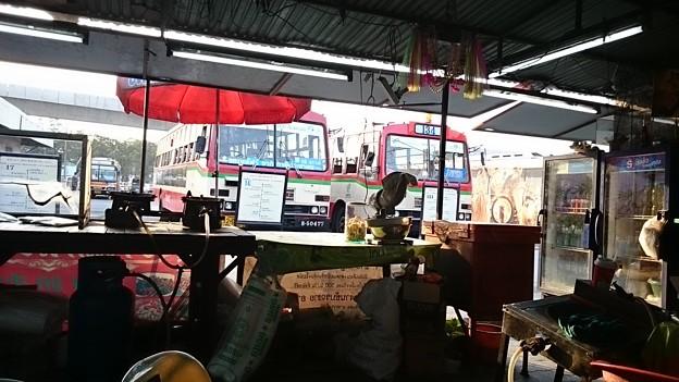 Photos: 翌朝8時30分、バンコク北バスターミナルに到着