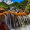 Photos: 金と流れる水