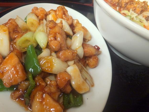 鶏とイカの辛子酢炒め