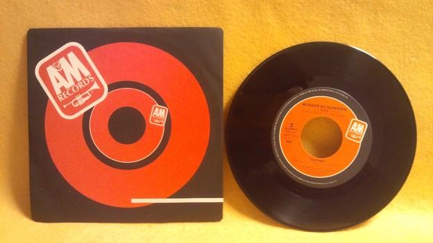 Photos: 見つめていたい ザ・ポリス EVERY BREATH YOU TAKE THE POLICE レコード ドーナツ盤 アナログ音源