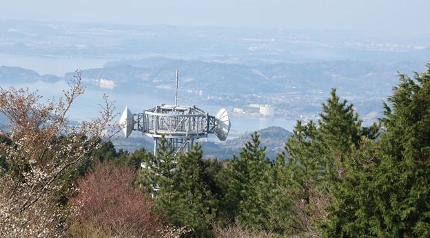 完成の富幕山休憩舎展望デッキから浜名湖と湖西方面