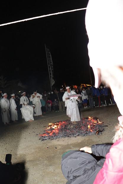 保泉寺(ほうせんじ)火渡り 秋葉山「あきはさん」秋葉寺(しゅうようじ、三尺坊)分院