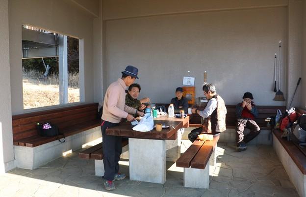 今日の富幕山休憩舎