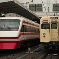 Photos: 1832:251F 8111F並び