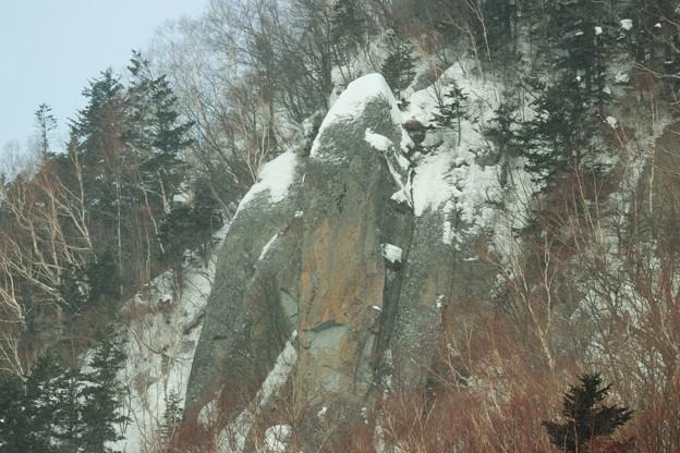 絶壁の岩肌