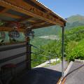山のバス停