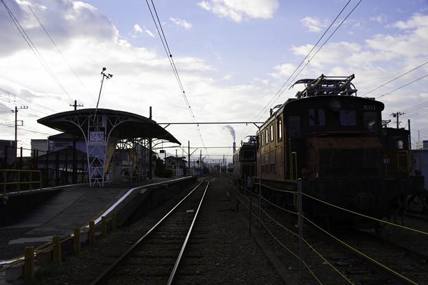 岳南電車 岳南富士岡駅