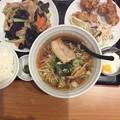 写真: 福来順豚肉とキクラゲ炒め定食