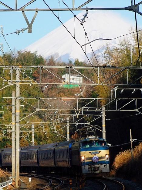 富士山と富士はやぶさ@竹倉