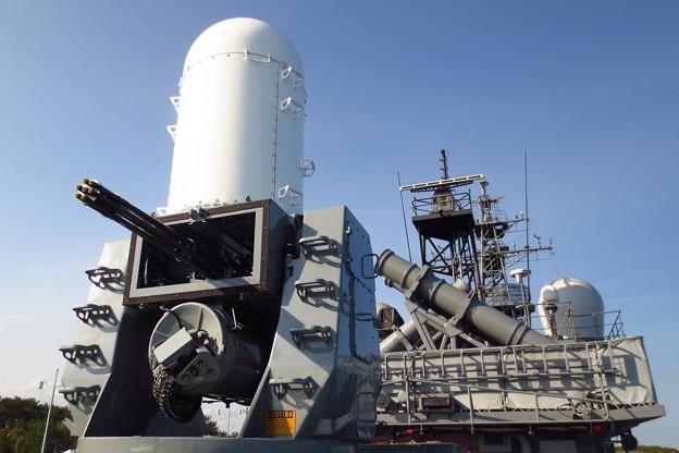 護衛艦おおよど「高性能20ミリ機関砲」と「ハープーン対艦ミサイル」
