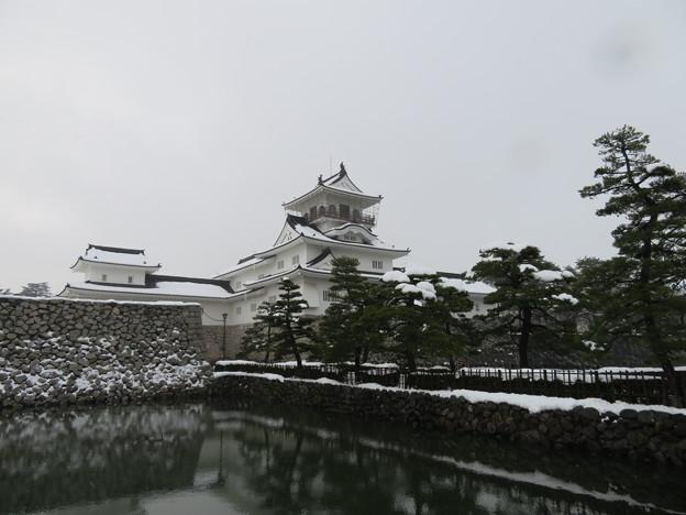 富山城(富山市)鉄門 ・富山郷土資料館