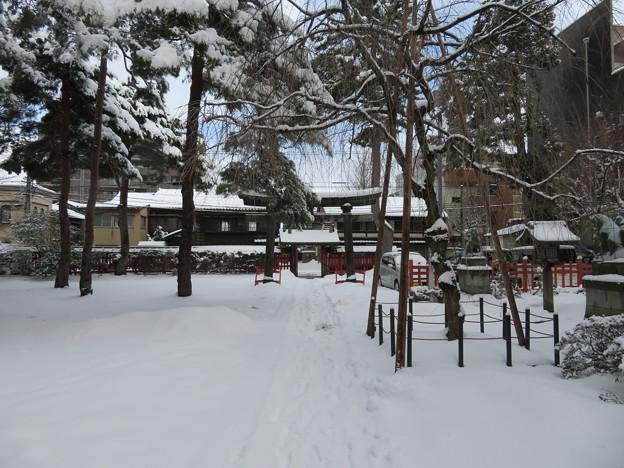 尾崎神社(金沢市)境内