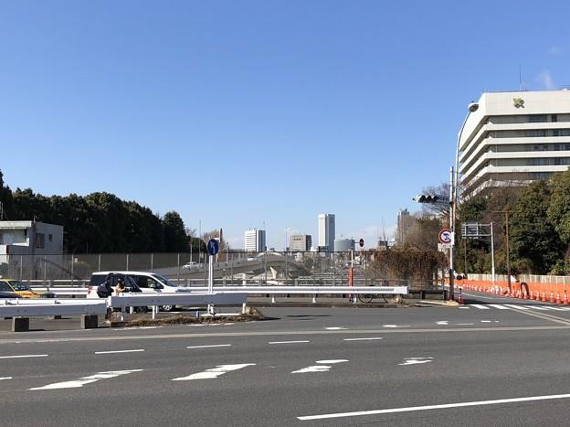信濃町駅前交差点(新宿区)