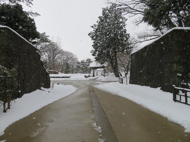金沢城(石川県営 金沢城公園)土橋門