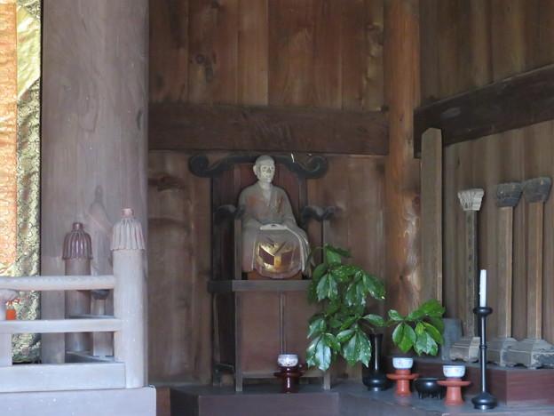 常楽寺(鎌倉市)仏殿・蘭渓道隆像?