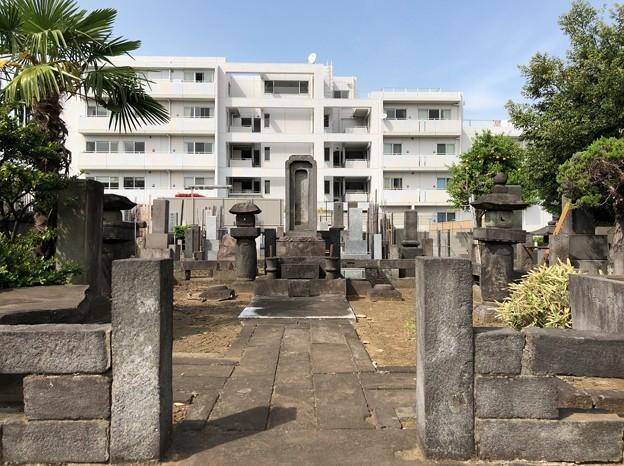 曹渓寺(南麻布)土佐新田藩 麻布山内家代々墓所