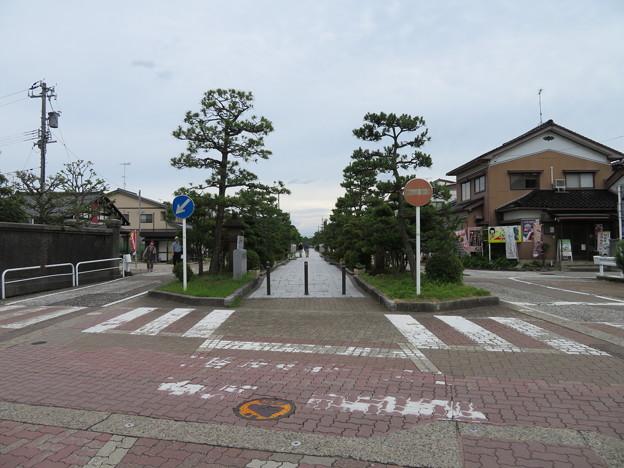 瑞龍寺(高岡市関本町)八丁道
