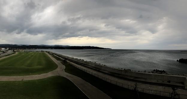 Photos: 比美乃江公園(富山県氷見市)展望台より