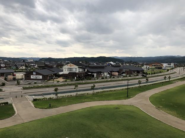 比美乃江公園(富山県氷見市)展望台より