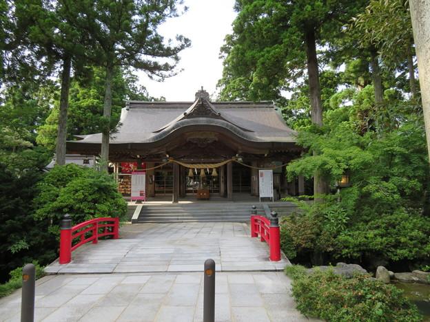 高瀬神社(南砺市)拝殿