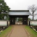 神岡城(飛騨市)復元城門・内堀