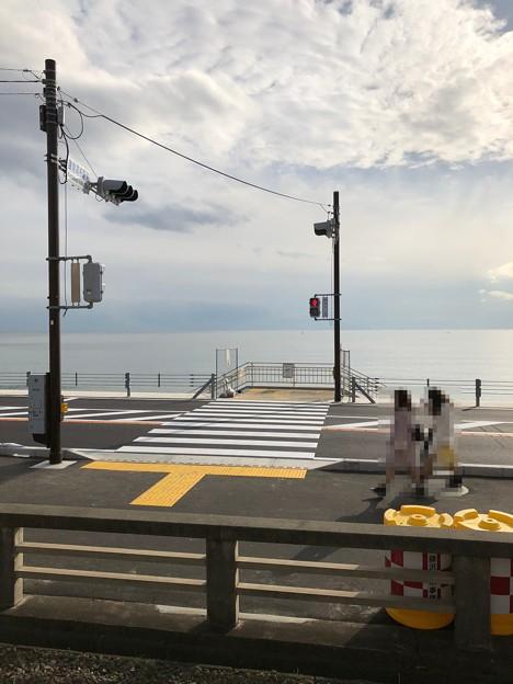江ノ電側道(鎌倉市)鎌倉高校駅前交差点・七里ガ浜