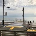 Photos: 江ノ電側道(鎌倉市)鎌倉高校駅前交差点・七里ガ浜