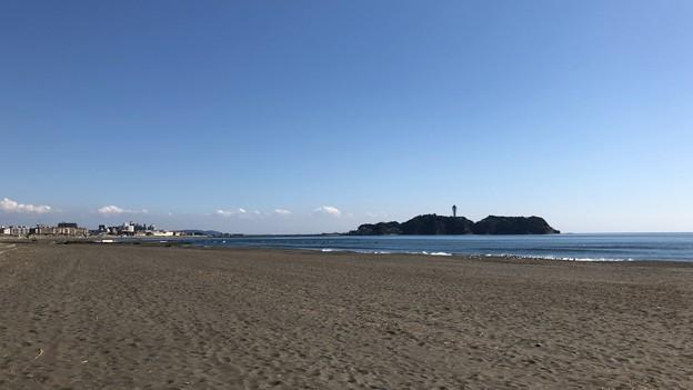 鵠沼海水浴場(藤沢市)江の島