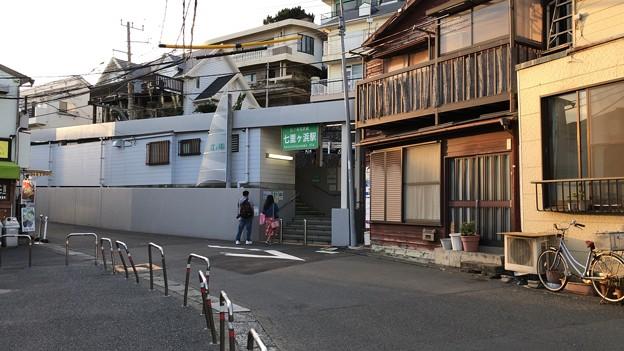 江ノ電 七里ヶ浜駅(鎌倉市七里ガ浜)