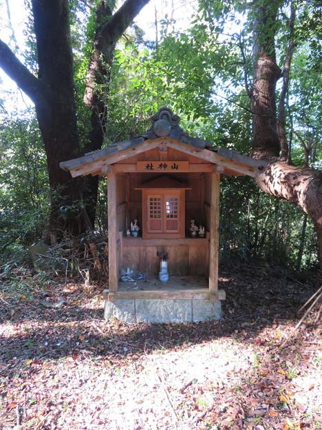本立寺(伊豆の国市)山神社……稲荷社?
