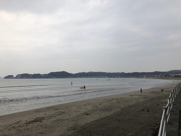 相模湾 材木座海岸(鎌倉市)