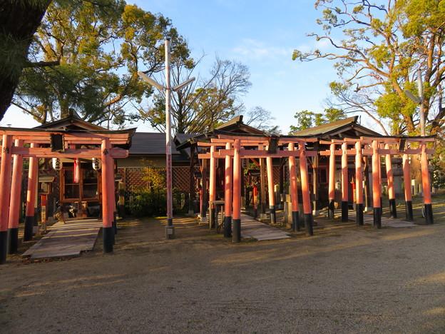淀城(伏見区淀本町)與杼神社末社