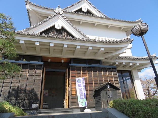 勝竜寺城本丸(長岡京市)模擬櫓