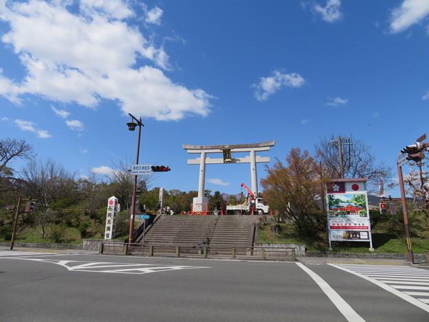 19.04.09.長岡天満宮(長岡京市)大鳥居